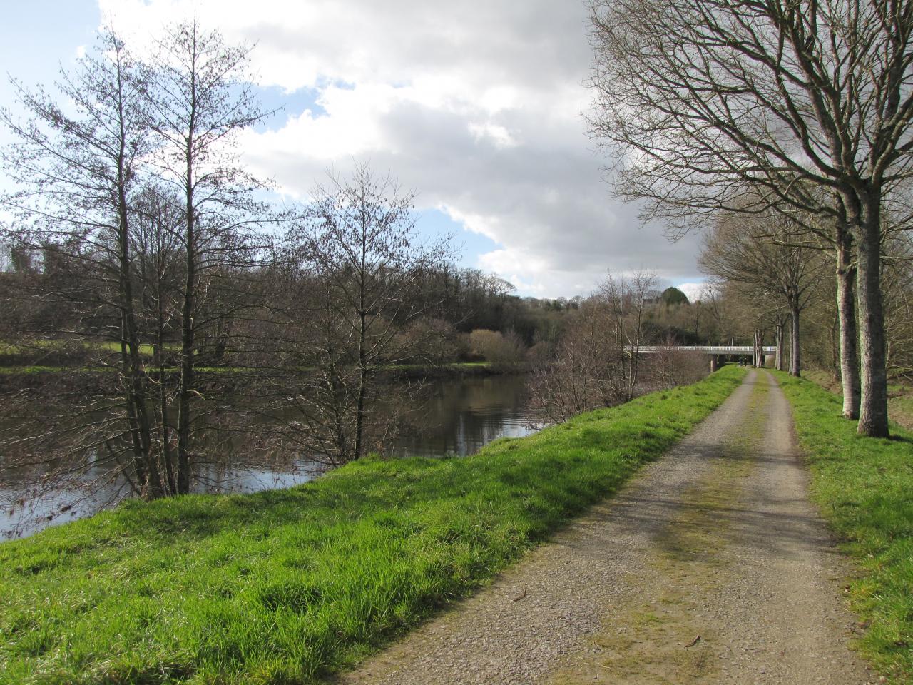Les bords du canal Brest-Nantes